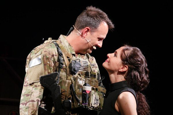'Last Out' brings one Green Beret's war stories to the stage